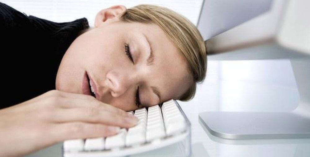 Хроническая усталость: причины и что делать, чтобы вернуть силы?